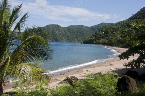Photo de The beach of Malgretout at the foot of Petit Piton - Sainte Lucie - Amérique