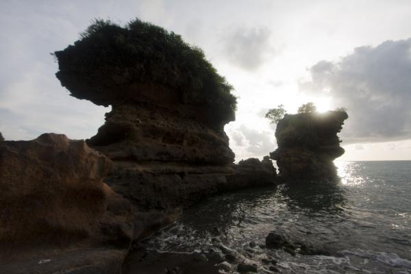 Rock formations at the end of Anse Chastanet | Soufrière Beaches | Saint Lucia