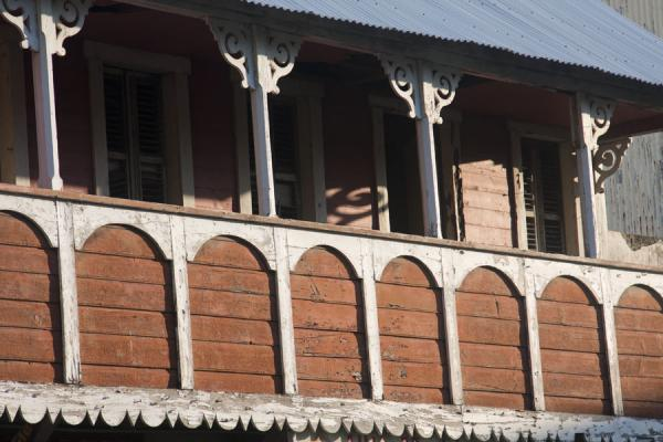 Pretty balcony with ornaments on the columns in a building in Soufrière | Soufrière | Saint Lucia