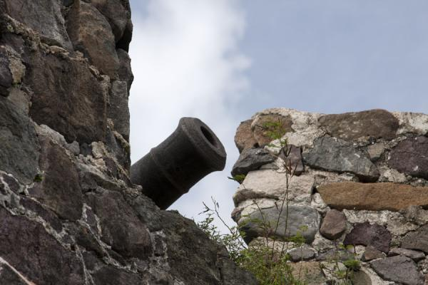 One of the cannons seen from below | Fort St Louis | Saint Martin