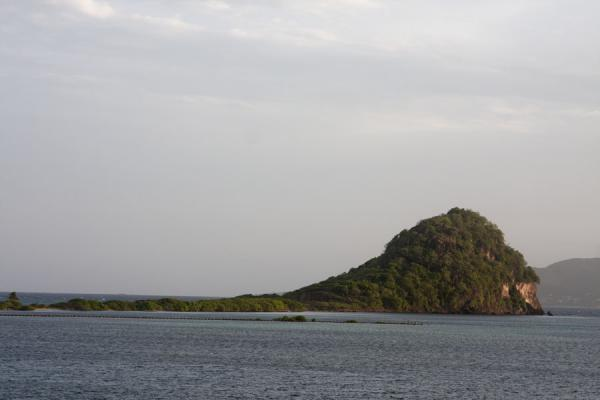 Picture of Union  Island (Saint Vincent and the Grenadines): Frigate Island is connected to Union Island by man-made walkways