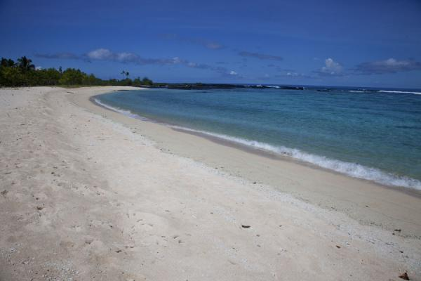 Picture of Falealupo (Samoa): White deserted beach at the western part of Falealupo peninsula