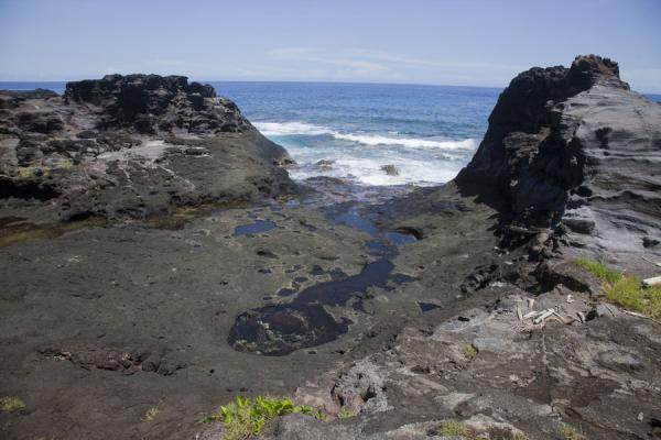 Foto van Part of the lava rock formations at To SuaTo Sua - Samoa