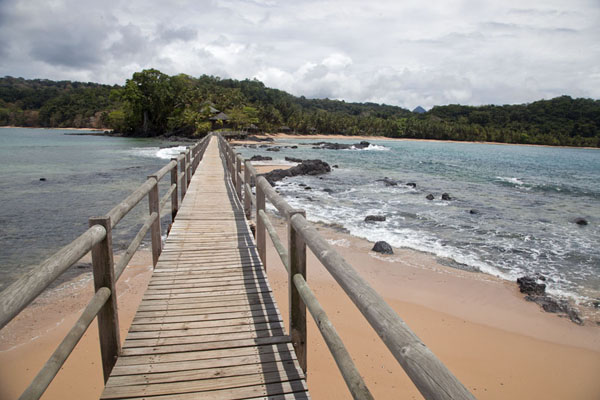 Wooden bridge from Bom Bom Island to Príncipe, with Pico Papagaio in the background | Bom Bom Island | São Tomé and Príncipe