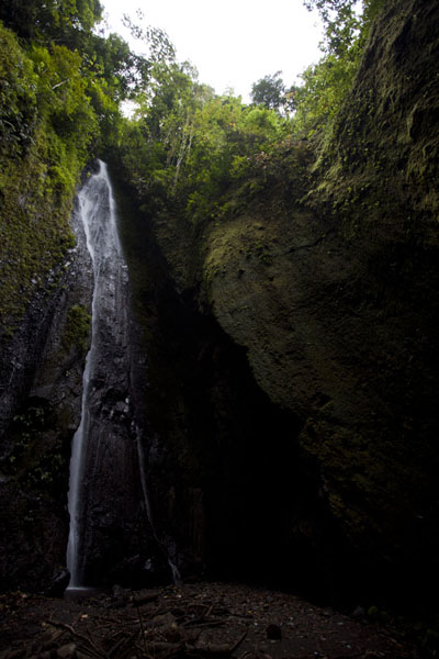 The Cascata Angolar waterfall, our goal of the hike | Cascata Angolar | São Tomé and Príncipe