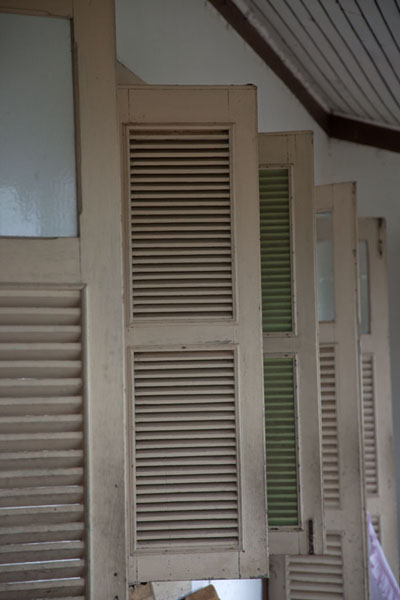 Picture of Roça Monteforte (São Tomé and Príncipe): Shutter windows at the hotel of Roça Monteforte