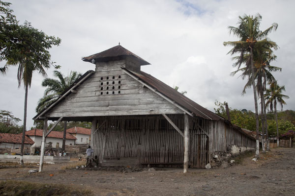 Picture of Roça Monteforte (São Tomé and Príncipe): Building of Roça Monteforte containing the oven in which cocoa used to be dried