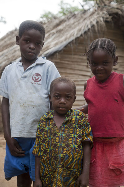 Picture of Kids in a village near Sundy, northern PríncipeSão Tomé & Príncipe - São Tomé and Príncipe