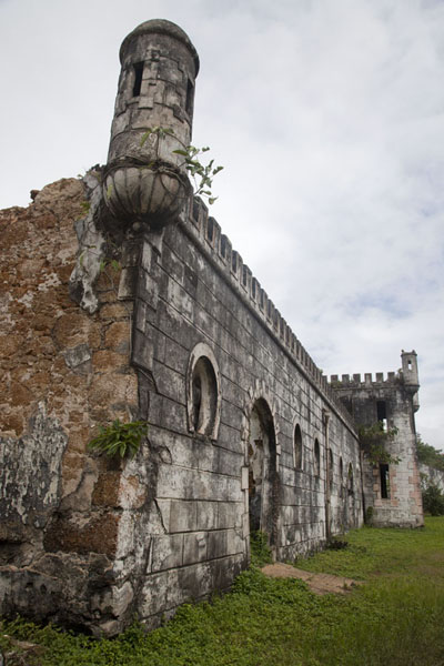 Looking up the old Portuguese wall at the eastern side of the Sundy plantation | Sundy | São Tomé and Príncipe
