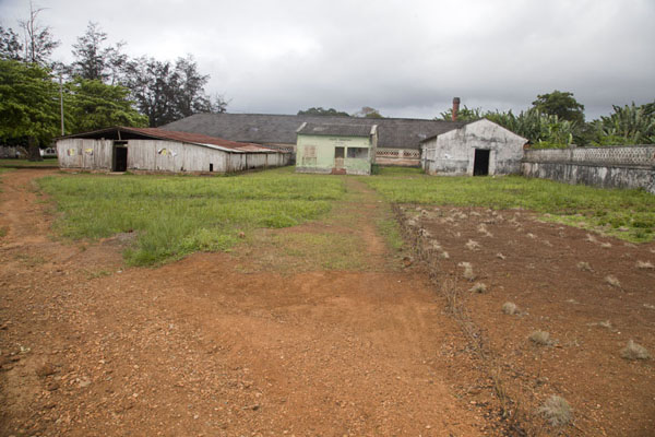 Some of the buildings of the plantation at the entrance of Sundy | Sundy | São Tomé and Príncipe