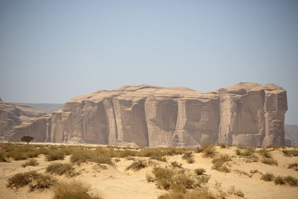 Massive rock formation near Hegra | Al Ula rock formations | 沙乌地阿拉伯