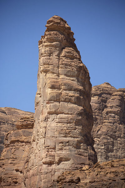 Tower of rock near Al Ula | Al Ula rotsformaties | Saoedi Arabië