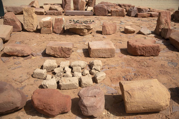 Artefacts found in the ruins of Dadan | Dadan | Arabia Saudita