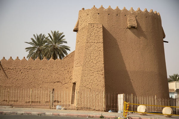 One of the towers of Barzan Castle | Hail fortresses | Saudi Arabia