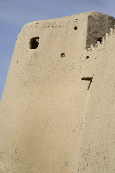 Foto van One of the corners of Qasr ibrahim from the outsideAl Hofuf - Saoedi Arabië