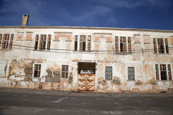 Picture of Early morning sunlight on one of the buildings of Saint LouisSaint Louis - Senegal