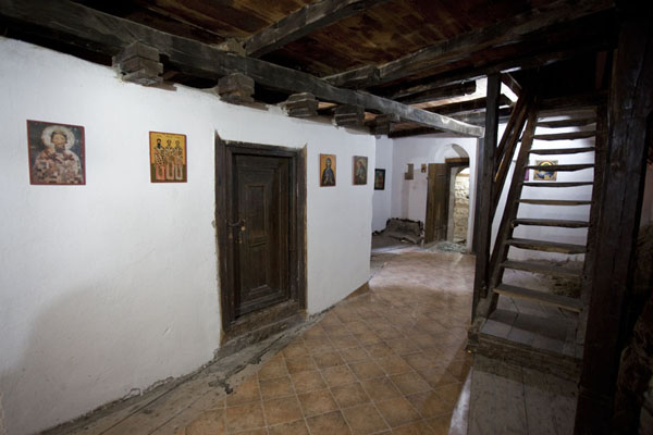 Photo de Interior of the monasteryCrna Reka - Serbie