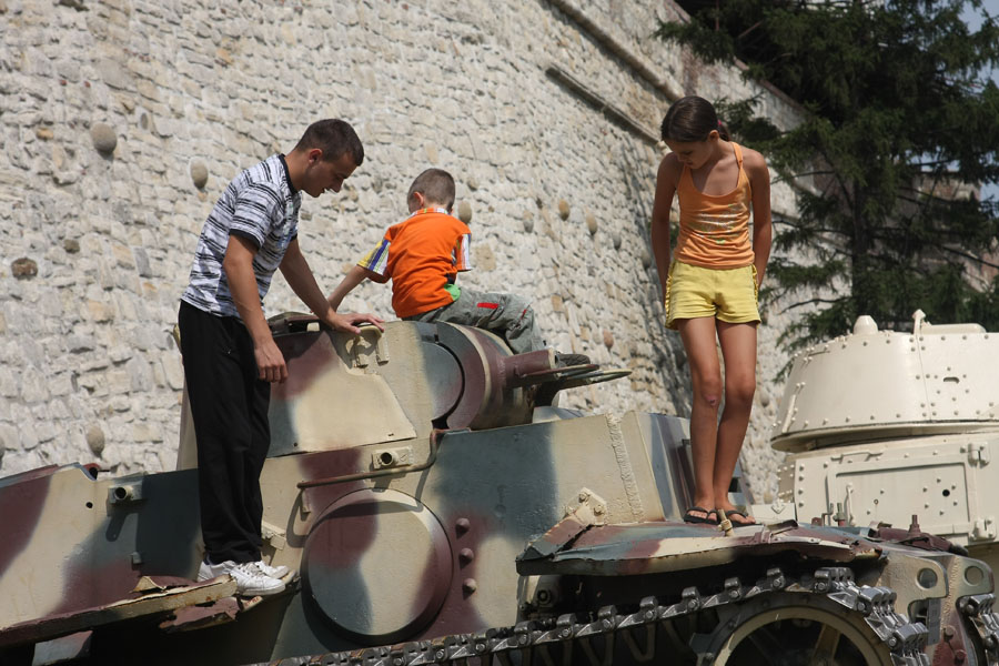 Picture of Family on a tank in Kalemegdan