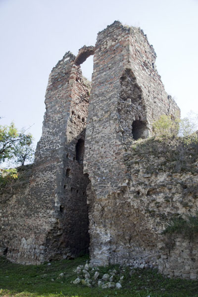 One of the crumbling towers at the southern side of the fortress | Smederevo Fortress | Serbia