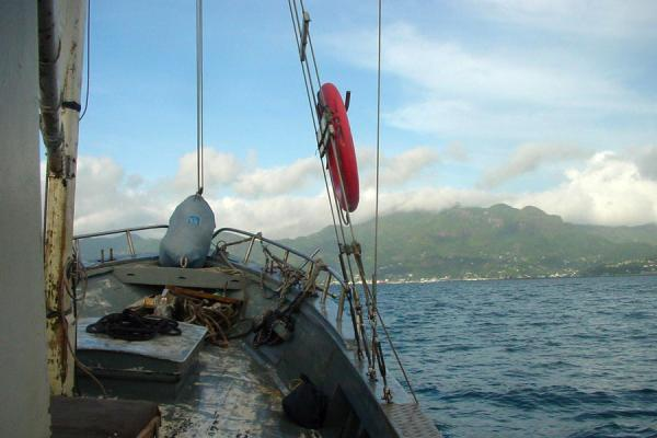 The bow of the schooner, nearing Mahé Island | Schooner | Seychelles