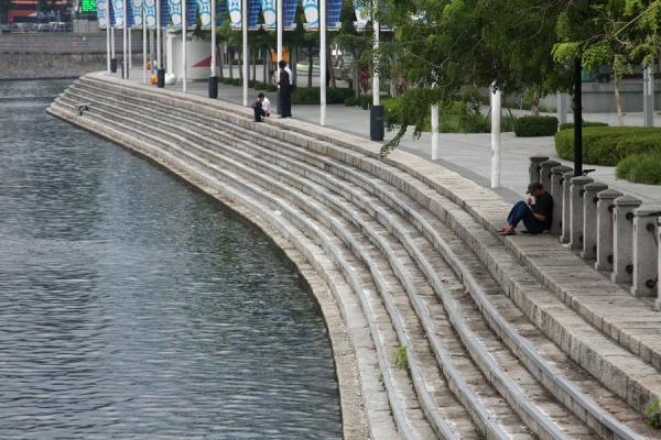 Stairs leading down to Singapore River near Clarke Quay | Singapore River | Singapore