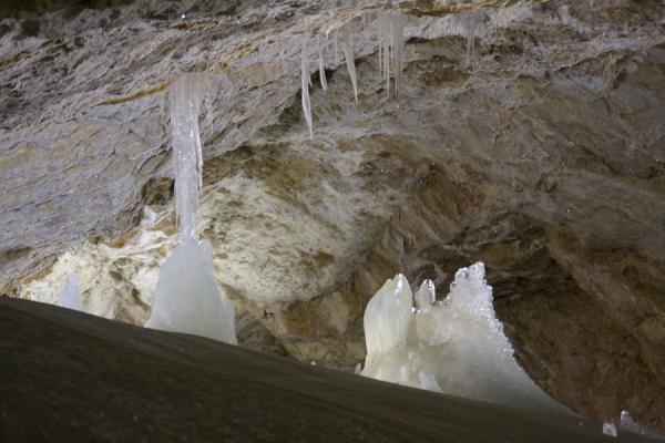Part of the cave with stalactites and stalagmites | Dobšinska Ice Cave | Slovakia