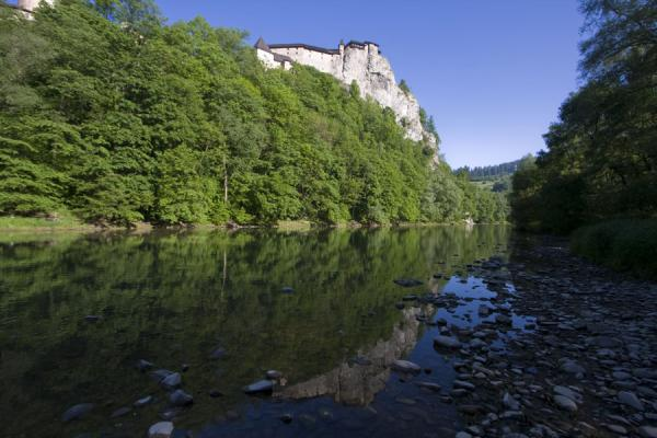 Picture of Orava Castle (Slovakia): Orava river with reflection of the castle in the early morning