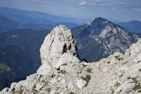Landscape of Logarska Dolina seen from close to the summit of Ojstrica | Logarska Dolina | Slovenia