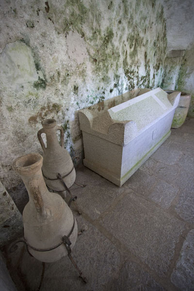 Picture of Predjama Castle (Slovenia): Historical items can be found everywhere at Predjama Castle, like these jars and casket