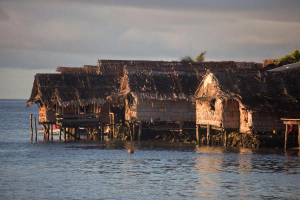 Houses on stilts of Lilisiana in the early morning | Lilisiana | Solomon Islands
