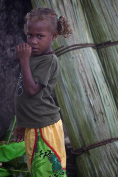 Picture of Solomon Island people (Solomon Islands): Young girl at the market of Gizo in the Western Province