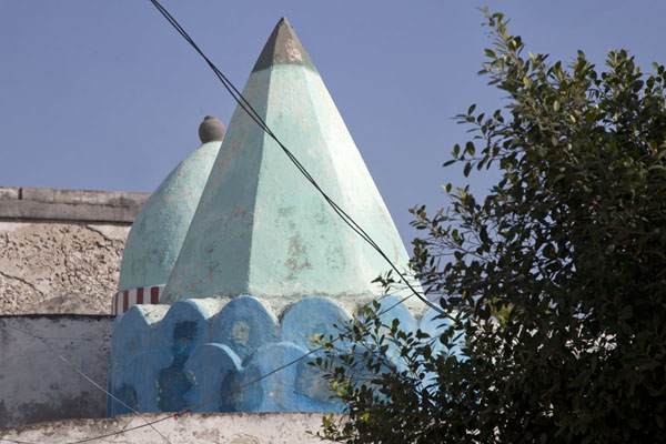 The light green hexagonal and round cone of Fakr ad-Din mosque | Fakr ad-Din mosque | Somalia