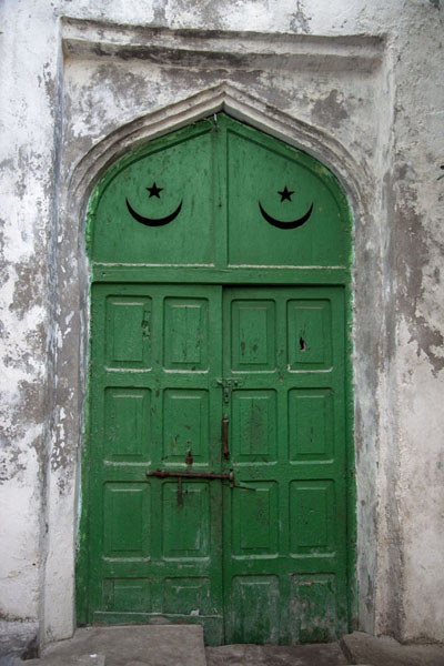 One of the entrance doors of the mosque | Fakr ad-Din mosque | Somalia