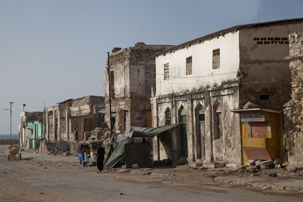 Foto de Street near the old lighthouse of MogadishuMogadiscio - Somalia