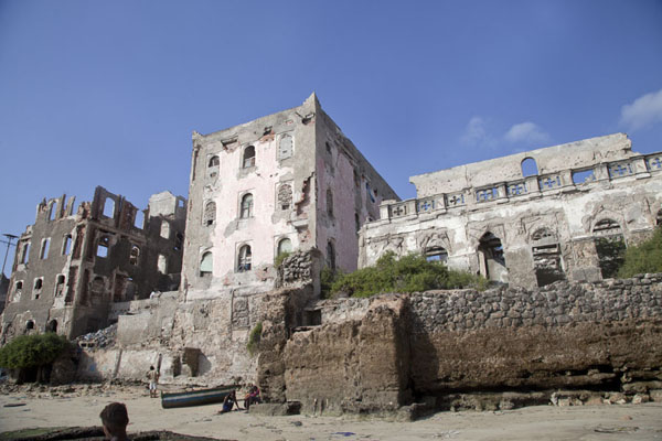 Looking up ruins at the small beach between the old lighthouse and the Uruba hotel | Mogadishu ruins | Somalia