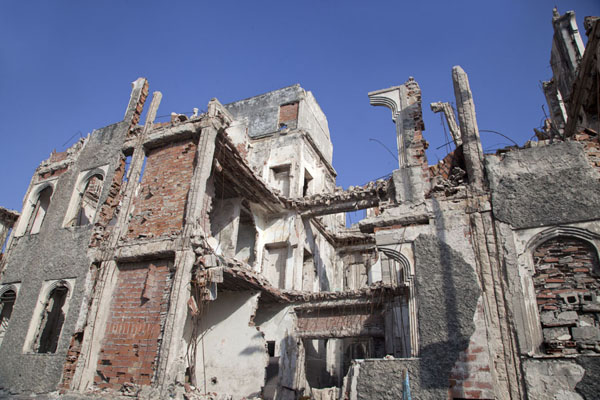 Badly destroyed building in Mogadishu - 索马利亚