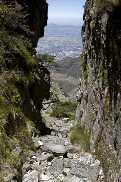Looking down through Platteklip Gorge | Tafelberg | Zuid Afrika