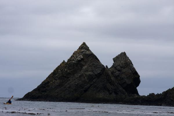 Sharp rock formations at Esenhul in northern South Georgia | Esenhul | South Georgia and South Sandwich Islands