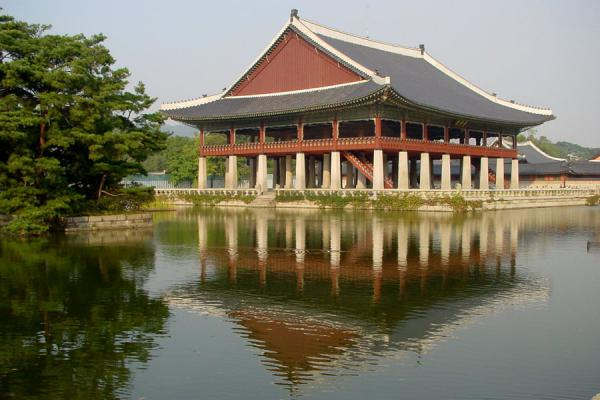 Gyeonghoeru pavilion where official banquest were held | Gyeongbokgung Palace | South Korea