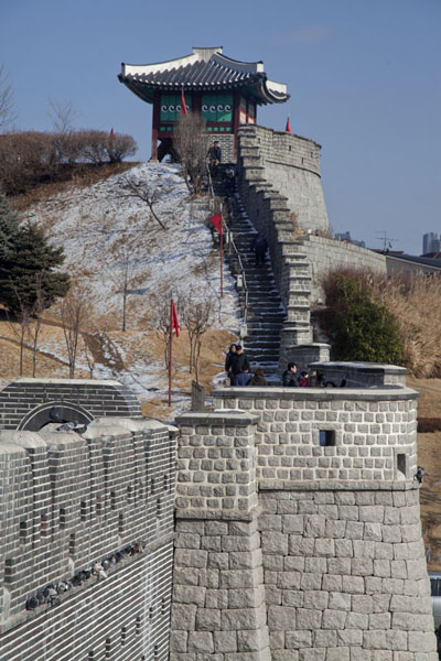 Wall and Dongnamgaknu pavilion on the southeast side of Hwaseong fortress | Hwaseong fortress | South Korea