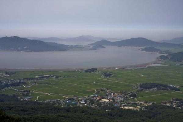 Picture of Manisan mountain (South Korea): View from Manisan mountain: the west coast of Gangwa island