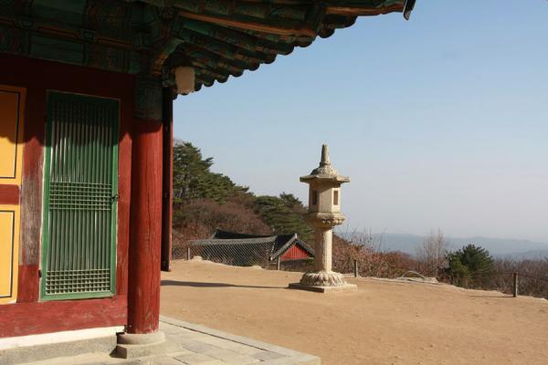Picture of Seokguram Grotto (South Korea): Colourful temple and view from Seokguram