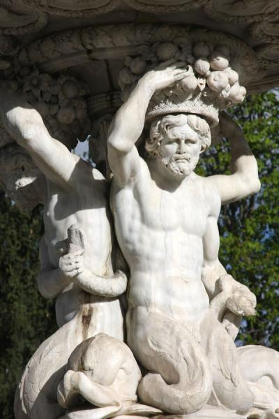 Close-up of a statue of the Fuente de las Conchas fountain | Campo del Moro | Spain