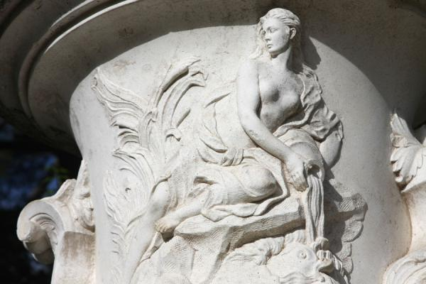 Picture of Campo del Moro (Spain): Female detail of a vase at Campo del Moro