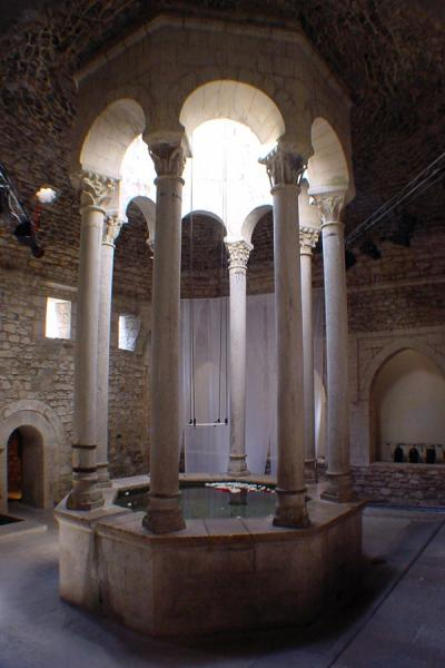 Picture of Girona (Spain): Arab baths, Girona