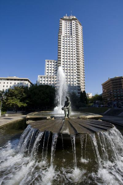 Picture of Fountain with sculpture and Torre de Madrid on Plaza de España
