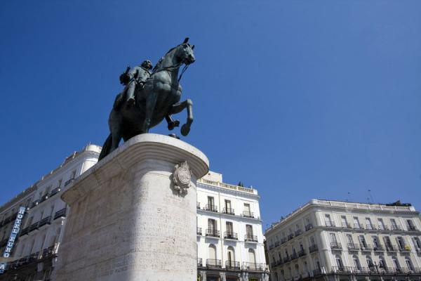 Statue of King Charles III right in the middle of Puerta del Sol | Puerta del Sol | Spain