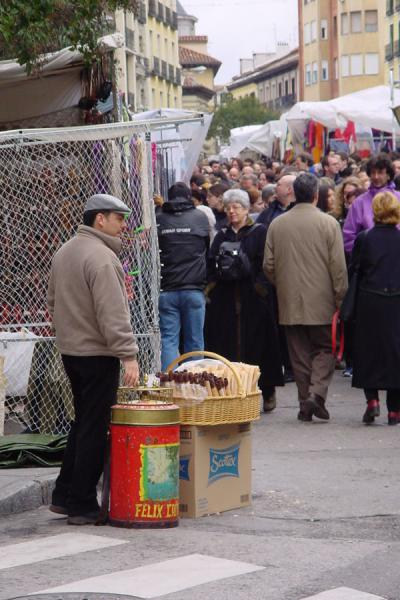 Picture of Food seller at Rastro flea market, Madrid