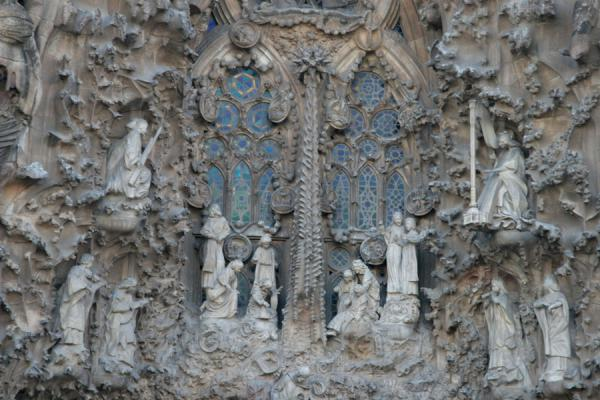 Lavishly decorated window of the Sagrada Familia | Sagrada Familia | Spanje