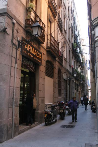 Picture of Sant Pere: one of the narrow alleys in this Barcelona neighbourhood